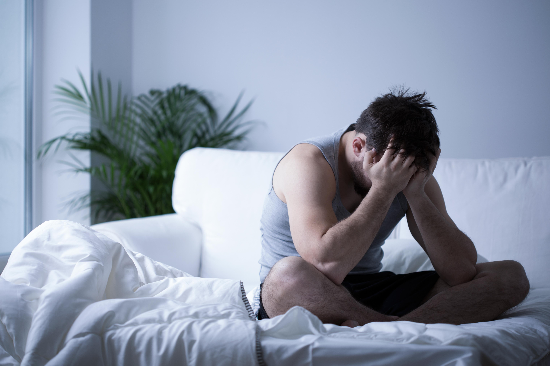 az erekció hiánya egy fiatal férfiban