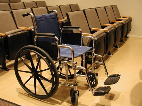 kerekes szék felállítása