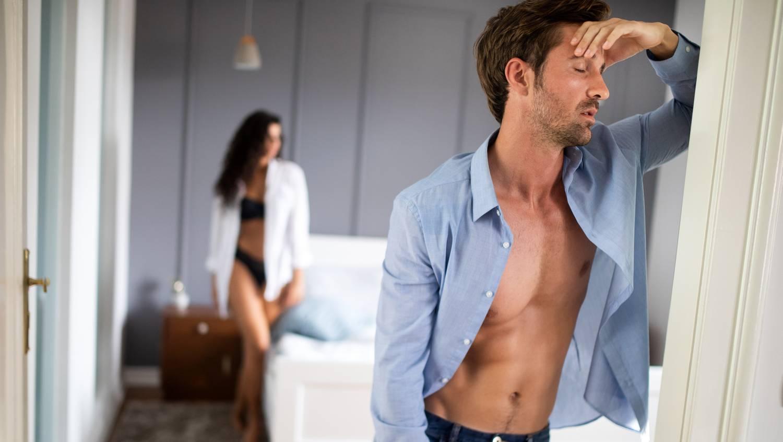 merevedési problémák idősebb férfiaknál a pénisz lefoglalása