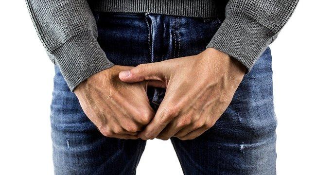 Véletlenül egy pénisz is felbukkant Chris Evans videóján