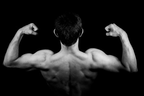 7 jól bevált módszer: Szuperkemény lesz a férfi